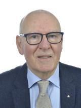 Magnus Stuart (M)