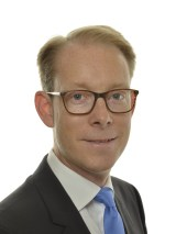 Förste vice talman Tobias Billström (M)