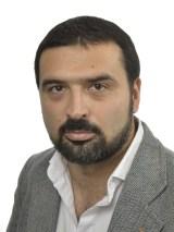 Ali Esbati (Lft)