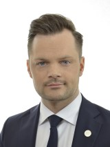 Adam Marttinen(SD)