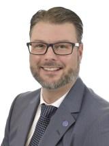 Edward Riedl (M)